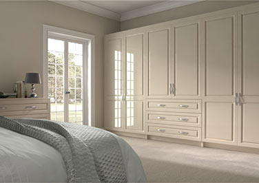 Fontwell High Gloss Cream Bedroom Doors