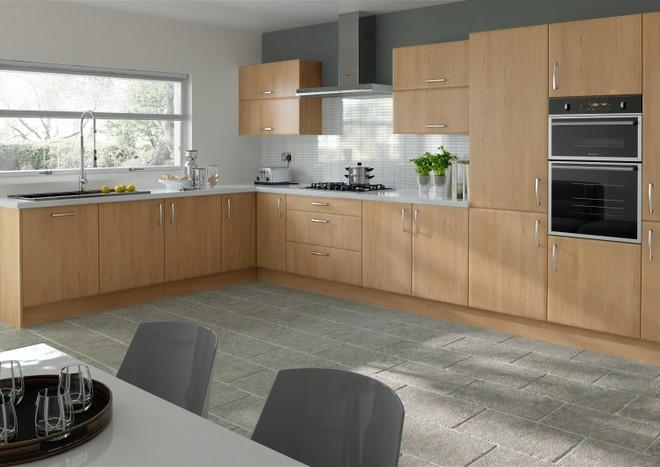 newick odessa oak kitchen doors - Oak Kitchen