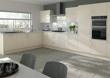 Newick Cream Kitchen Doors