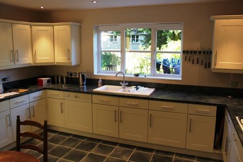 Replacement Kitchen Doors - Shaker Ivory 2