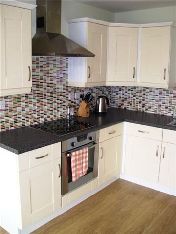 Replacement kitchen doors - Shaker Vanilla