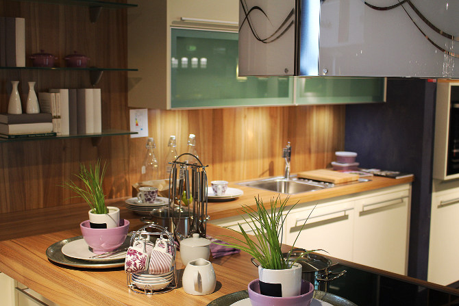 tidy kitchen worktop