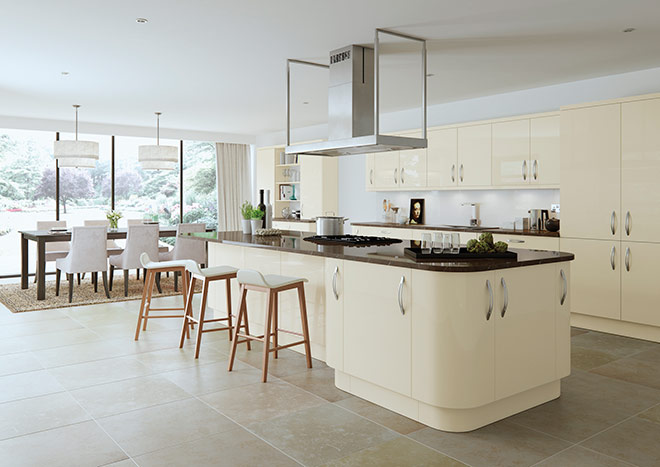 Kitchen with island and high gloss cream cabinet doors